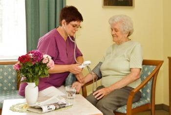 Pflege zu Hause - Leistungen: Vergrößerung in einer Lightbox öffnen